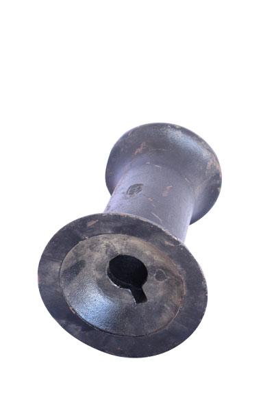 Spool 1 5/8 axle 10 5/8 spacing 2240,7010