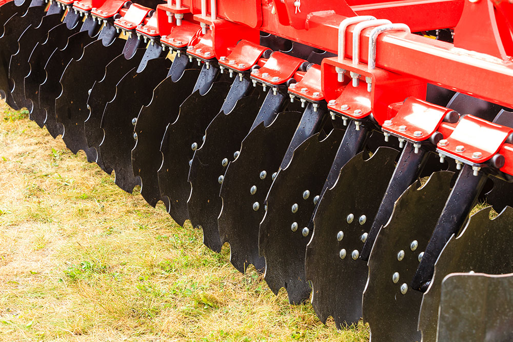Smooth vs Notched: Difference Between Disk Harrow Blades